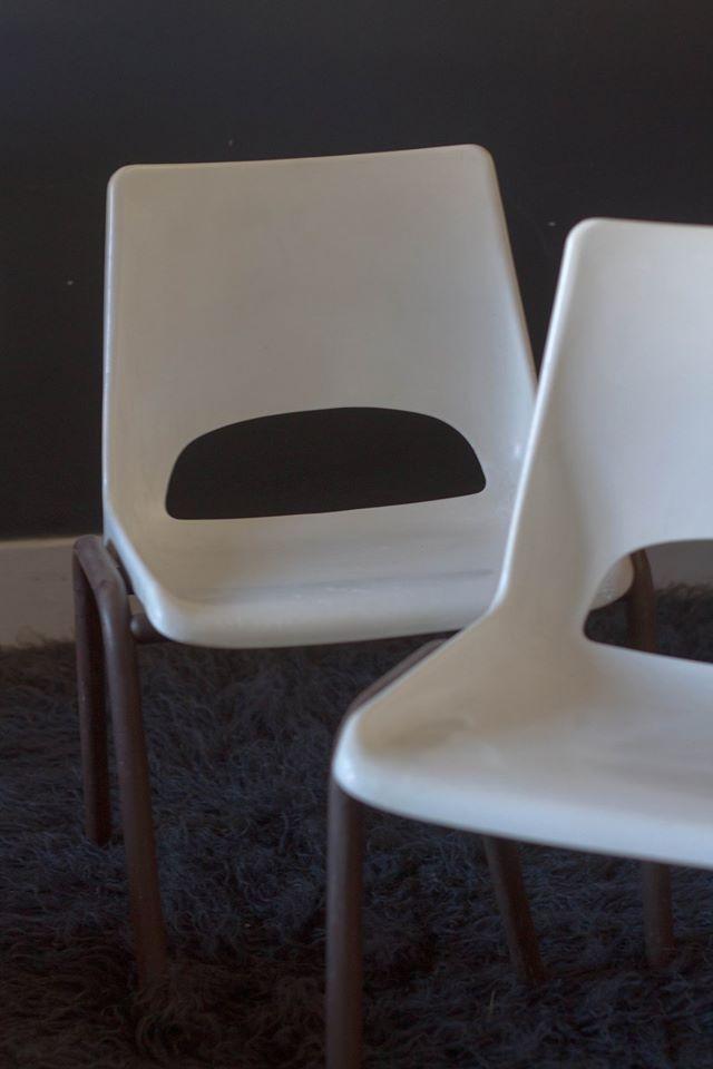 la petite chaise enfant vintage en plastique cuivre. Black Bedroom Furniture Sets. Home Design Ideas