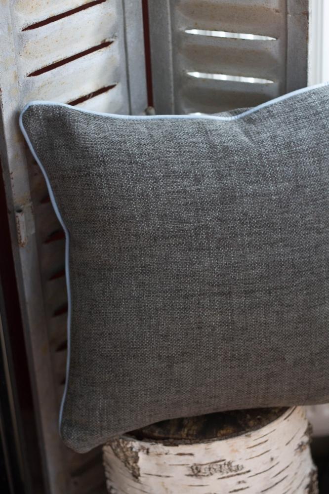 les coussins cuivre d tails vintage ethniques et graphiques. Black Bedroom Furniture Sets. Home Design Ideas